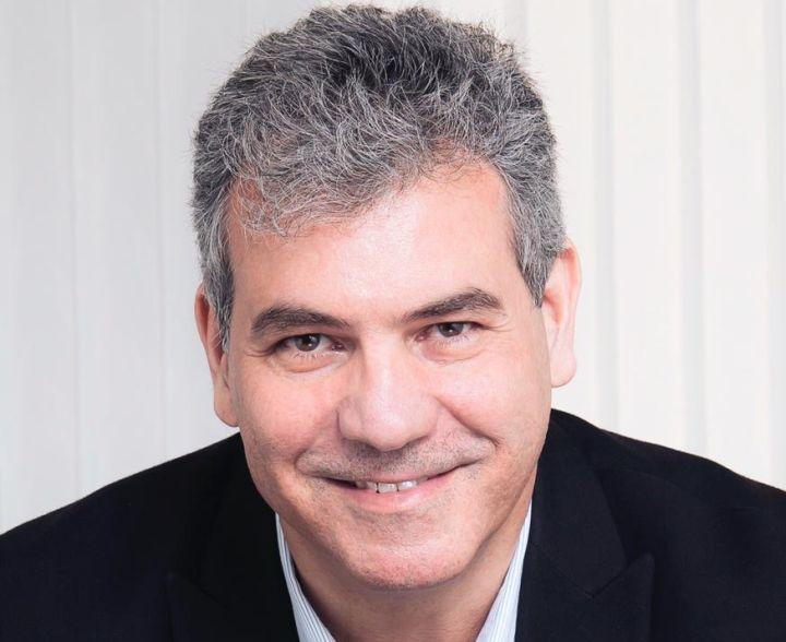 Fechar ou não fechar - José Ernesto Marino