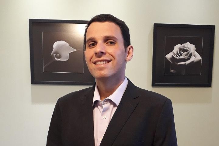 Renato Alarcon- lobby