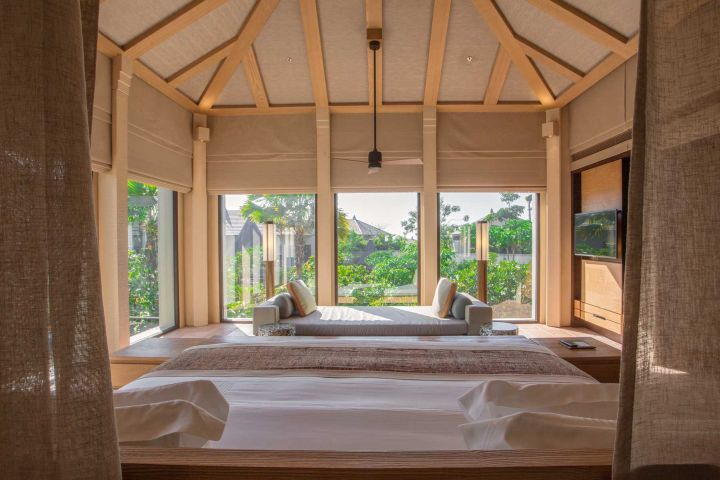 Travel + Leisure - top 100 list_Ritz-Carlton Bali