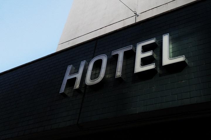 Elo - pesquisa retomada - hotelaria